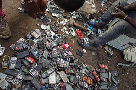 La basura tecnológica del primer mundo contamina la sangre de los africanos