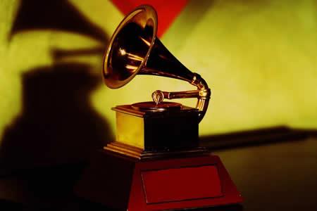 Posponen anuncio de nominados a los Grammy Latino por el terremoto de México