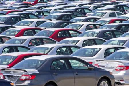 Moody's dice que EE.UU. lastrará las ventas mundiales de autos en 2017 y 2018
