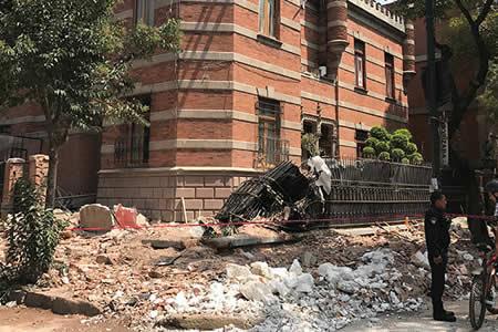 Así colapsan varios edificios en la Ciudad de México tras el terremoto de 7,1