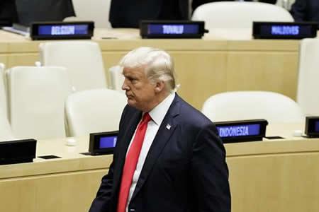 Trump urge a restaurar la democracia y libertades políticas en Venezuela