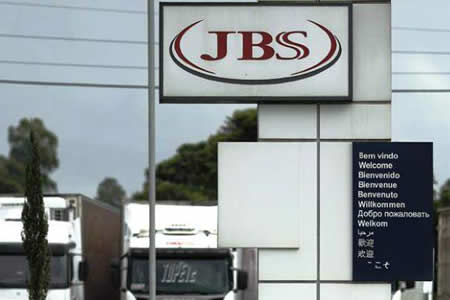 JBS pierde 304 millones de dólares en valor de mercado con nuevo presidente