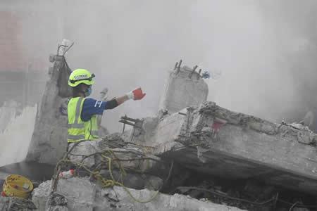 Gobierno mexicano niega demolición de edificios con posible gente sepultada