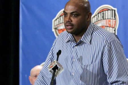 """Barkley califica de """"flojos"""" a jugadores y """"sumisa"""" a la NBA por calendario"""