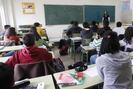 Tres colegios en La Paz enseñan con lenguaje de señas
