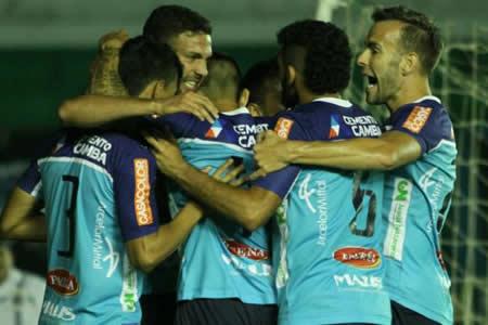 Blooming con goles de Quintana y Pereyra vence a Sport Boys