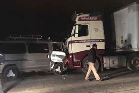 Dos conductores quedan heridos por accidentes viales