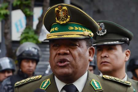 Comandante propone restablecer control policial en bancos y entidades financieras