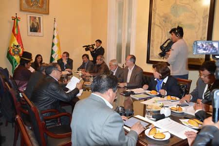 Diputados aprueban artículo sobre Mala Práctica Profesional en proyecto de Código del Sistema Penal