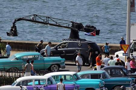 "Rodaje de ""Fast and Furious"" atrae a curiosos y provoca atascos en La Habana"