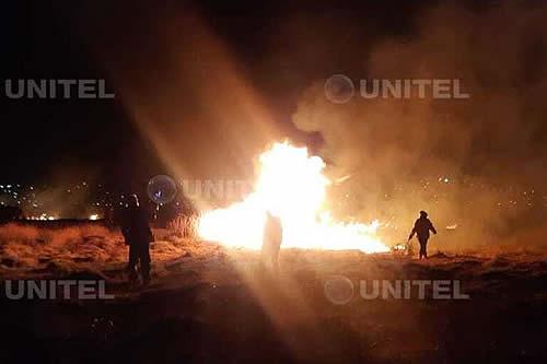 Reportan incendio de magnitud en la laguna Alalay que causó alarma en Cochabamba