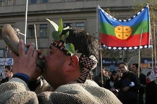 Pueblos indígenas votan por primera vez en Chile