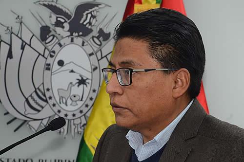 Ministro Lima aclara que el proyecto de ley contra ganancias ilícitas está suspendido y que no afecta a la población