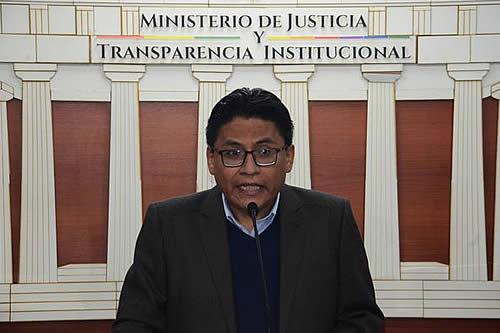 Lima afirma que el proyecto de ley contra ganancias ilícitas está destinado a combatir los paraísos fiscales