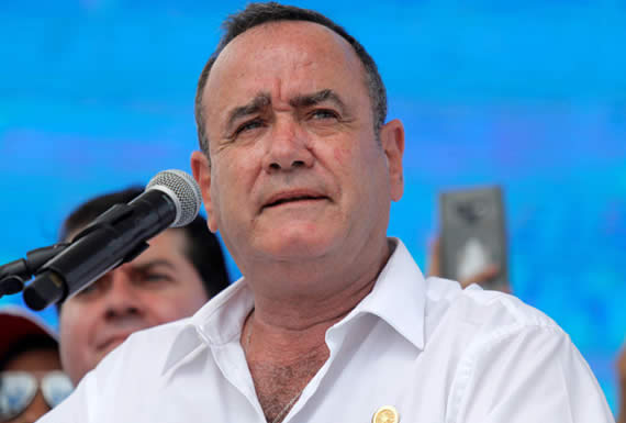 Los desafíos de Guatemala para Giammattei, el mandatario electo que no aprueba el acuerdo con Trump