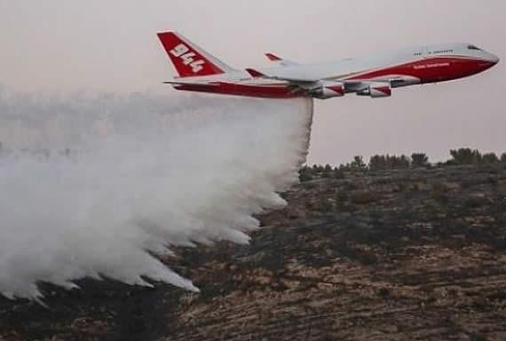 Supertanker emprende vuelo para iniciar sofocación de incendio en la Chiquitanía