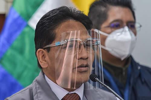 Viceministerio de Defensa del Usuario será parte denunciante en el caso de vacunación anticovid a militar