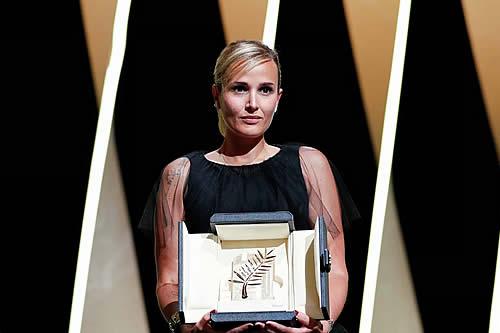 Por segunda vez en la historia una mujer se lleva la Palma de Oro de Cannes