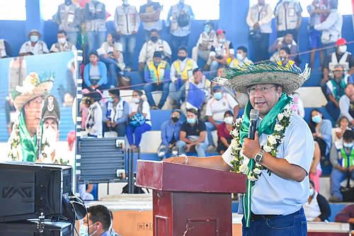 """Arce ratifica que la economía boliviana """"poco a poco"""" empieza a mostrar signos de recuperación"""