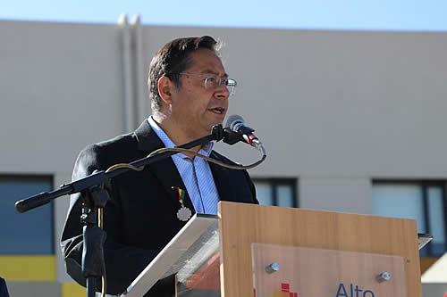 """Presidente Arce: """"Nunca más los bolivianos tendremos que mendigar para tener salud"""""""