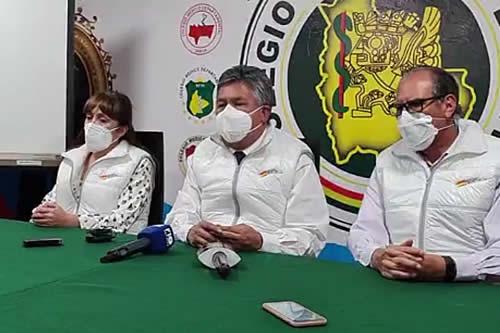 Larrea insiste en el diálogo con el Gobierno por Ley de Emergencia Sanitaria y su reglamento