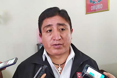 Alcalde garantiza solución de problema legal para funcionamiento de la Unidad de Hemodiálisis en Oruro