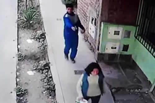 Graban cómo un sicario de 18 años intenta asesinar a una mujer por unos 300 dólares en Perú
