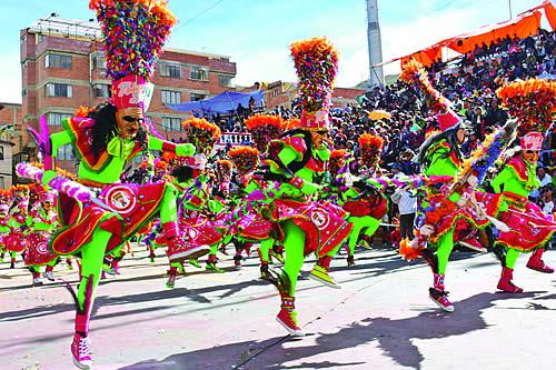 Gobierno forma cinco comisiones para trabajar en los últimos detalles del Carnaval de Oruro