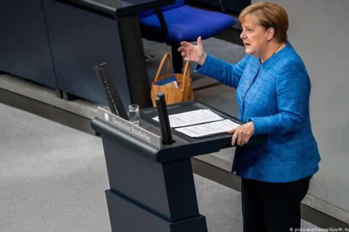 Angela Merkel defiende multilateralismo y llama a actuar frente a crisis climática