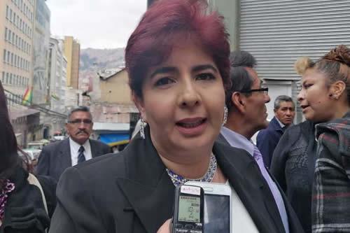 TSE rechaza renuncia de Barriga y la mantiene como candidata a Vice por PDC