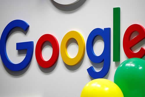 Google comienza a implementar el modo oscuro para Google Play