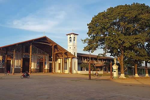 Ultiman detalles para celebrar Semana Santa en San Ignacio de Moxos
