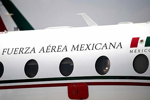 """López Obrador anuncia nueva subasta de aviones del gobierno: """"Se abusaba, se usaban hasta para ir a jugar al golf"""""""