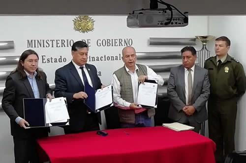 Gobierno, Migración y Fiscalía activan sistema de alerta para reforzar la seguridad nacional