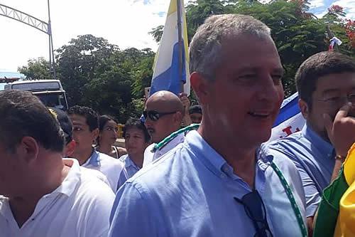 Branko Marinkovic, regresa al país y confirma acercamientos con fuerzas políticas rumbo a los comicios de mayo