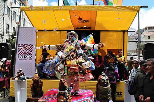 Exposiciones, talleres, rituales, concursos y ofertas son parte del programa de Alasita 2020