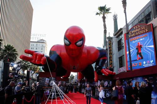 ¿Me ha detenido Spiderman? Policía de EE.UU. prueba un dispositivo de lazo para suplir a las Tasers