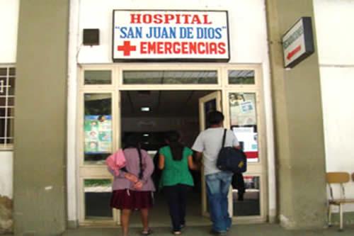 Gobierno entrega 125 ítems para trabajadores del Hospital San Juan de Dios de Tarija