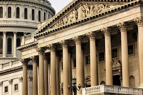 Senadores proponen confiscar activos de Erdogan y sus ministros en EEUU por operación en Siria