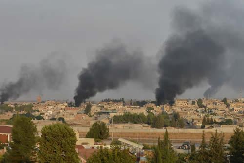 FDS: Turquía bombardea una prisión con terroristas de ISIS en Siria