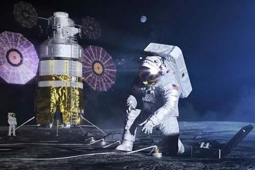 La NASA revela el traje espacial en el que un hombre (o mujer) volverá a caminar por la Luna