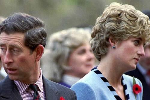 """""""Ustedes necesitan divorciarse"""": Afirman que la reina Isabel II ordenó la separación de Lady Di y el príncipe Carlos"""