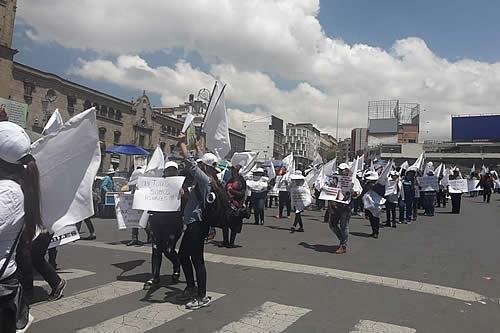 Mujeres marchan en La Paz y anuncian denuncia internacional sobre vejamen a Alcaldesa de Vinto