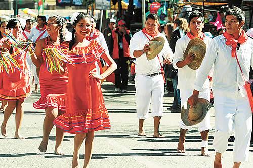 Suspenden Entrada Universitaria y Feria Exposición del Beni por conflictos sociales