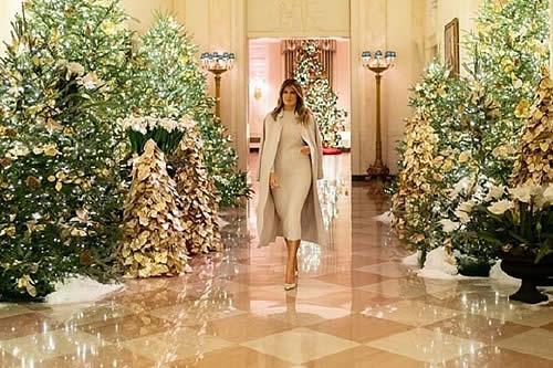 Melania Trump revela la decoración 'patriótica' de la Casa Blanca