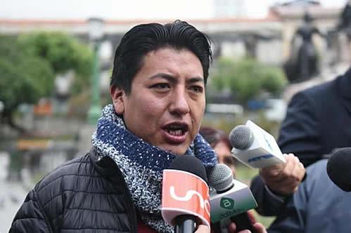 Pumari desmiente fraude en Potosí y aclara que lo que halló en un domicilio fue material usado en comicios