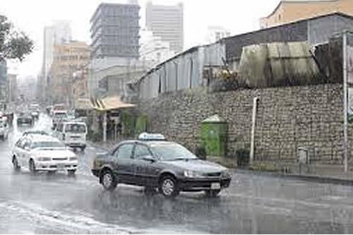 Instruyen otorgar tolerancia en el horario de ingreso a las unidades educativas por las lluvias