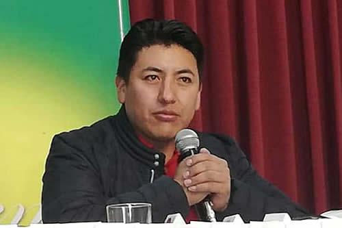 "Tras disturbios, el MAS dice que Pumari ""provocó"" a El Alto"