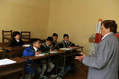 El Ministerio de Educación propone clases semipresenciales en dos grupos de lunes a sábado