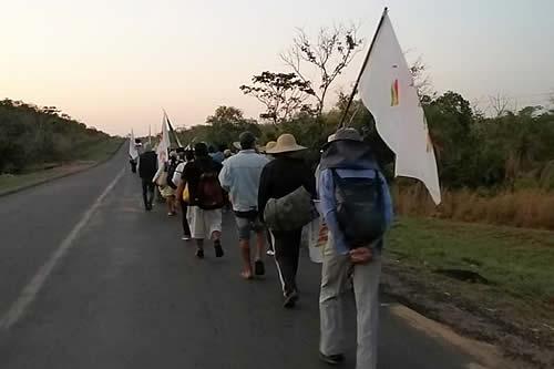 Marcha indígena partió desde Yotaú hasta El Puente, provincia Guarayos